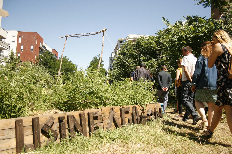Visite de l'Usine à gazon, jardin partagé ouvert à tous © Pauline Olmedo