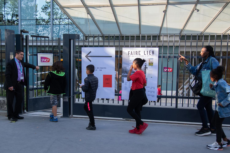 Faire lien, pot de fin de tournage au siège de la SNCF ©Christophe Filleule